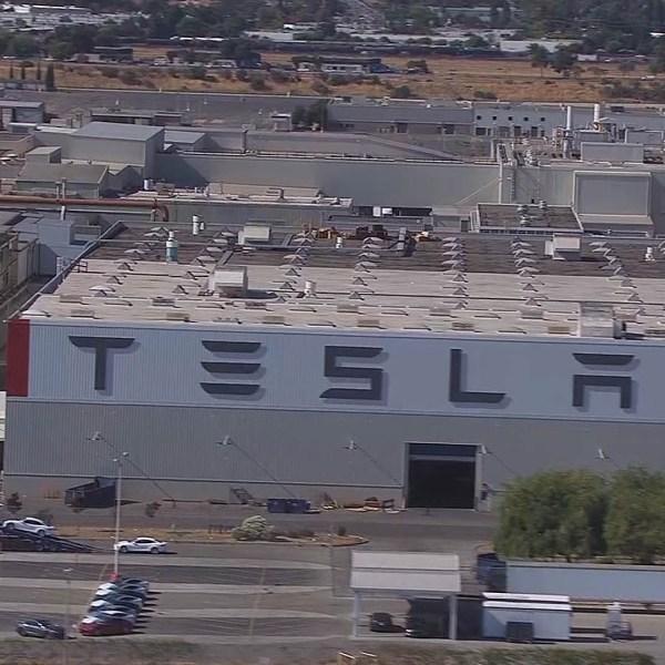 5-28 Tesla
