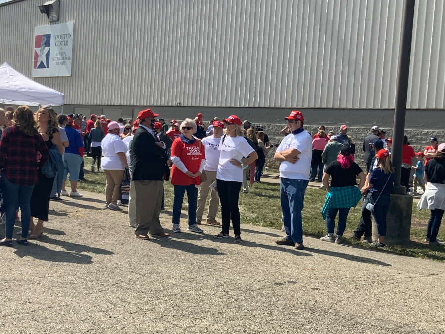 Crowds for Trump