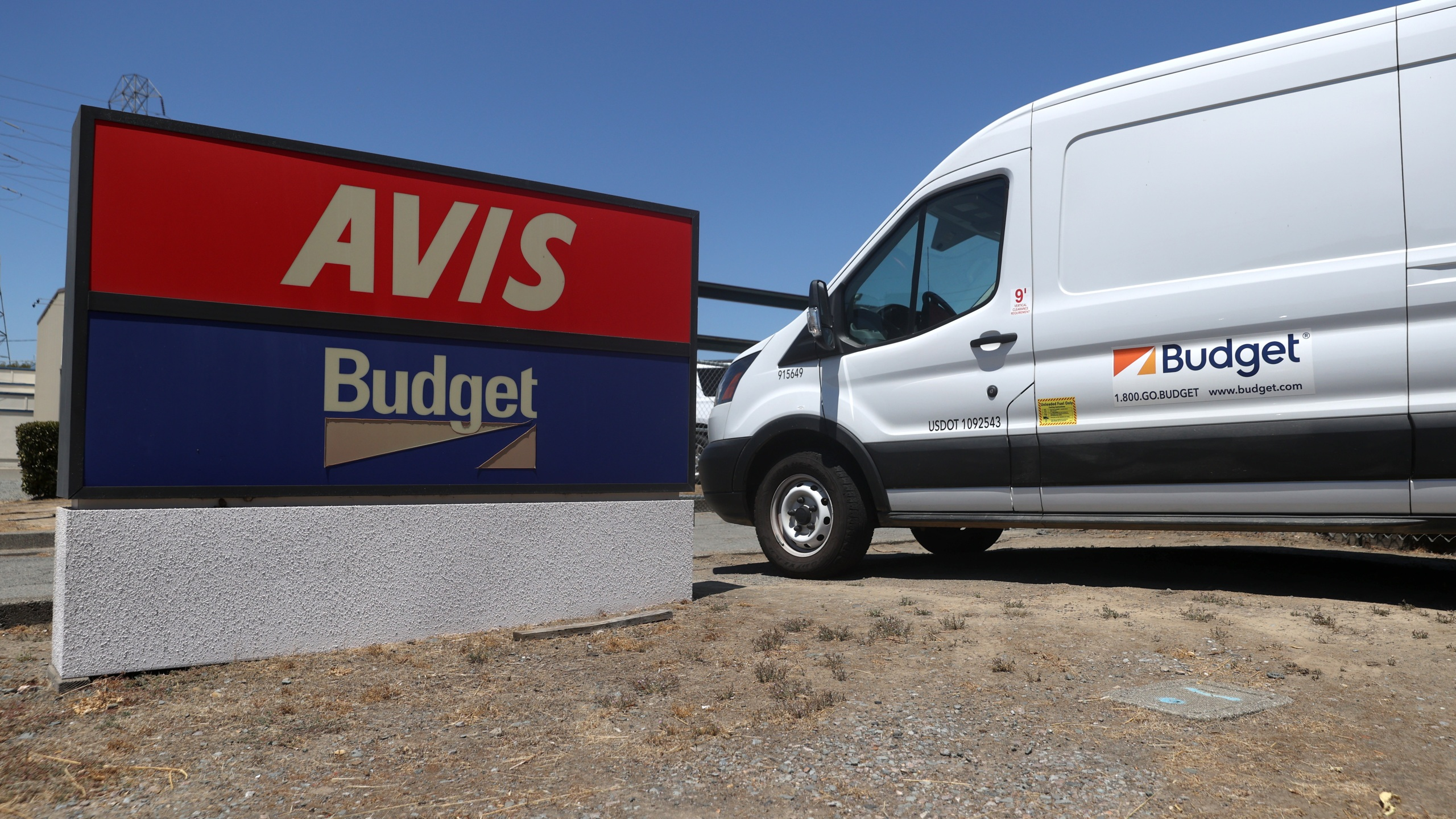 Avis Budget Group Reports Earnings As Revenue Plunges