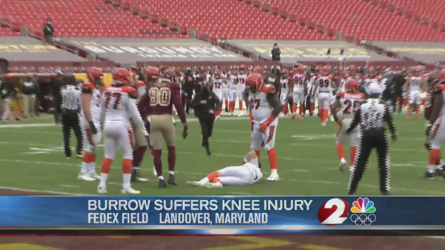 Bengals Quarterback Joe Burrow Carted Off The Field With Serious Knee Injury Tweets See Ya Next Year Wdtn Com