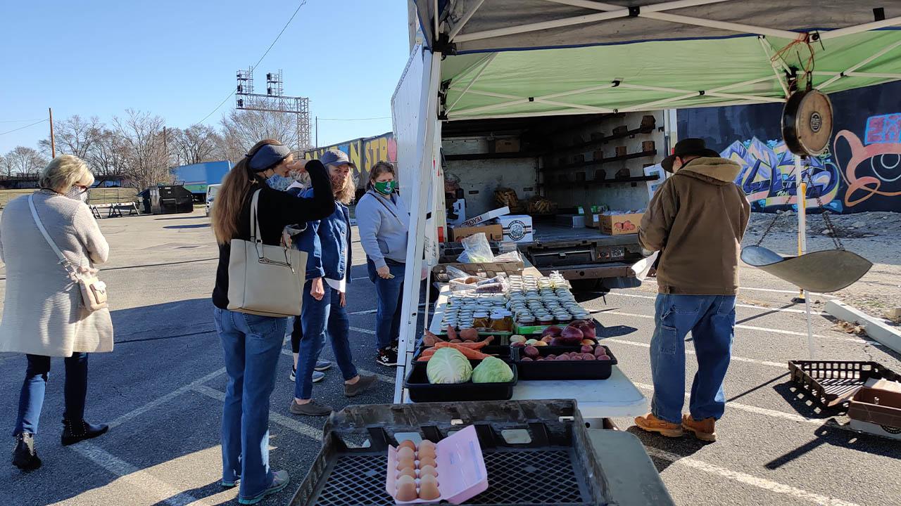 2nd Street Market outdoor market