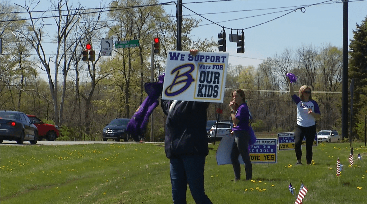 Bellbrook parent pro-levy tax rally