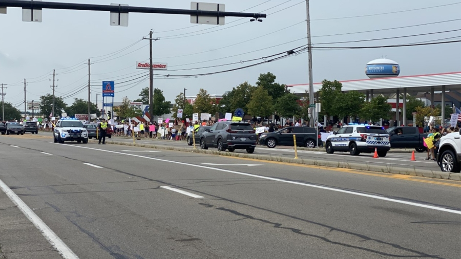 Kettering Health protest 4