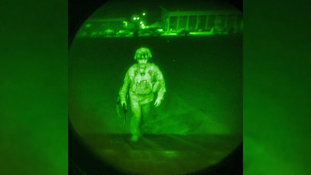 Last soldier leaves Afghanistan