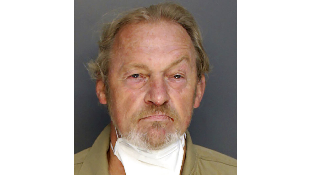 Alex Murdaugh hired man to shoot him for $10 million life insurance money, investigators say - WDTN.com